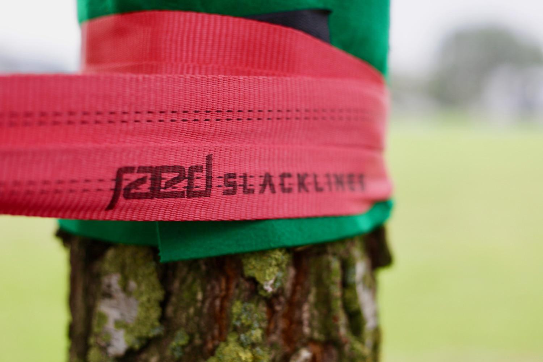 Tree friendly slackline slings and treeprotection